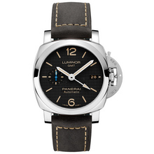 Panerai Luminor GMT – 42mm