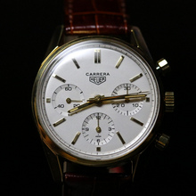 Heuer Carrera « Early First » 18k gold case 2456S