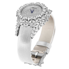 The Green Carpet Collection Watch 134330 1002 white