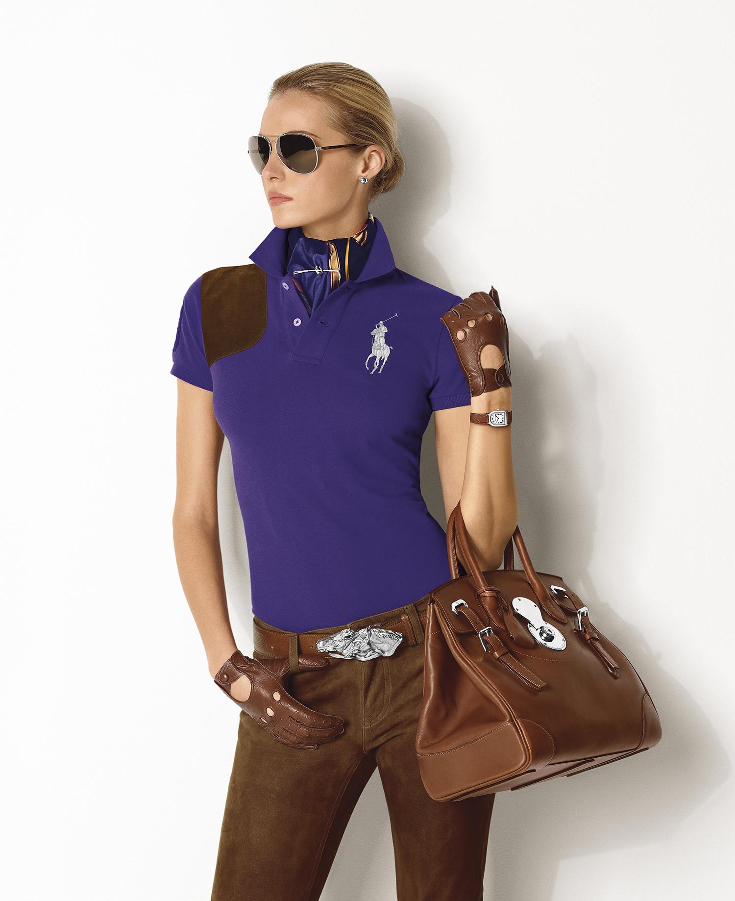 En 2015, la collection Ralph Lauren Stirrup s enrichit d un nouveau modèle.  Le garde-temps Ralph Lauren Stirrup Petite étoffe ainsi la collection avec  la ... c0a1755e93b